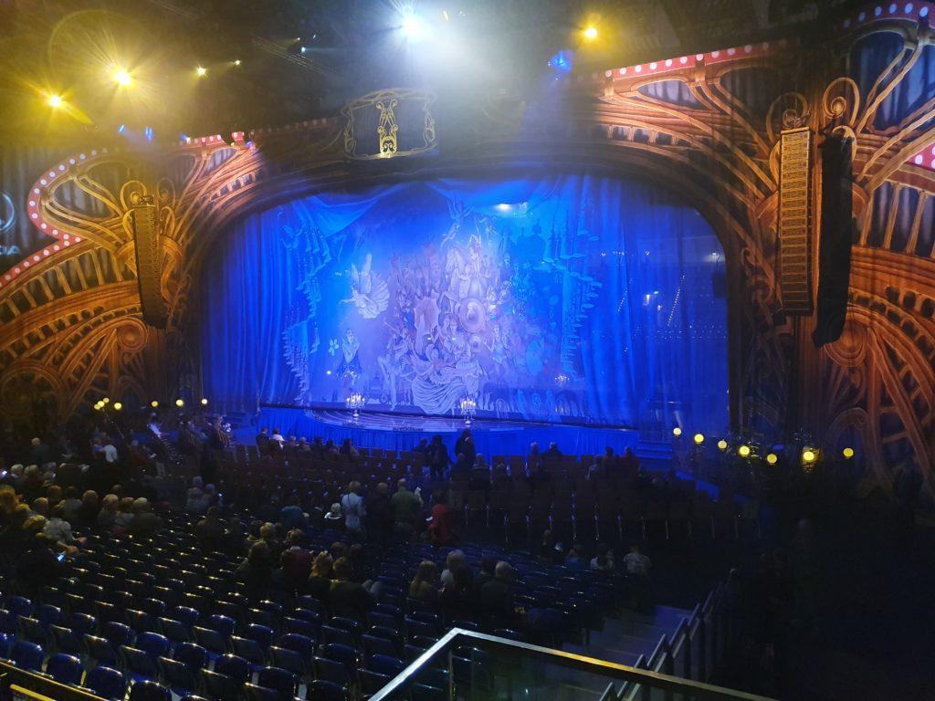 Cirque du Soleil Bühne
