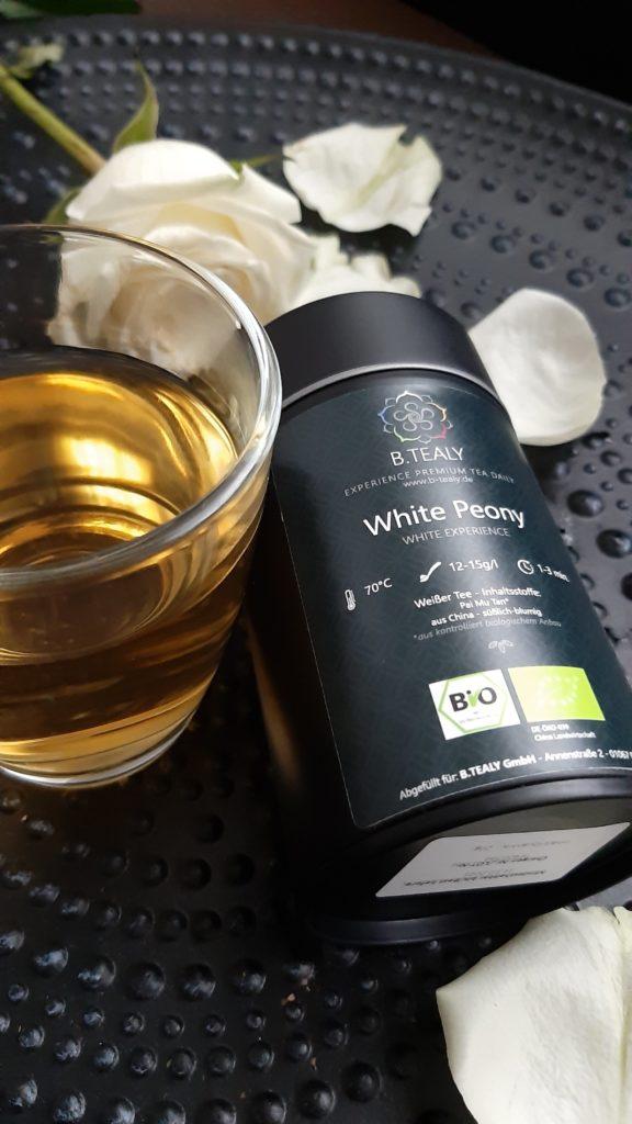 B.Tealy Premium Tee whity peony