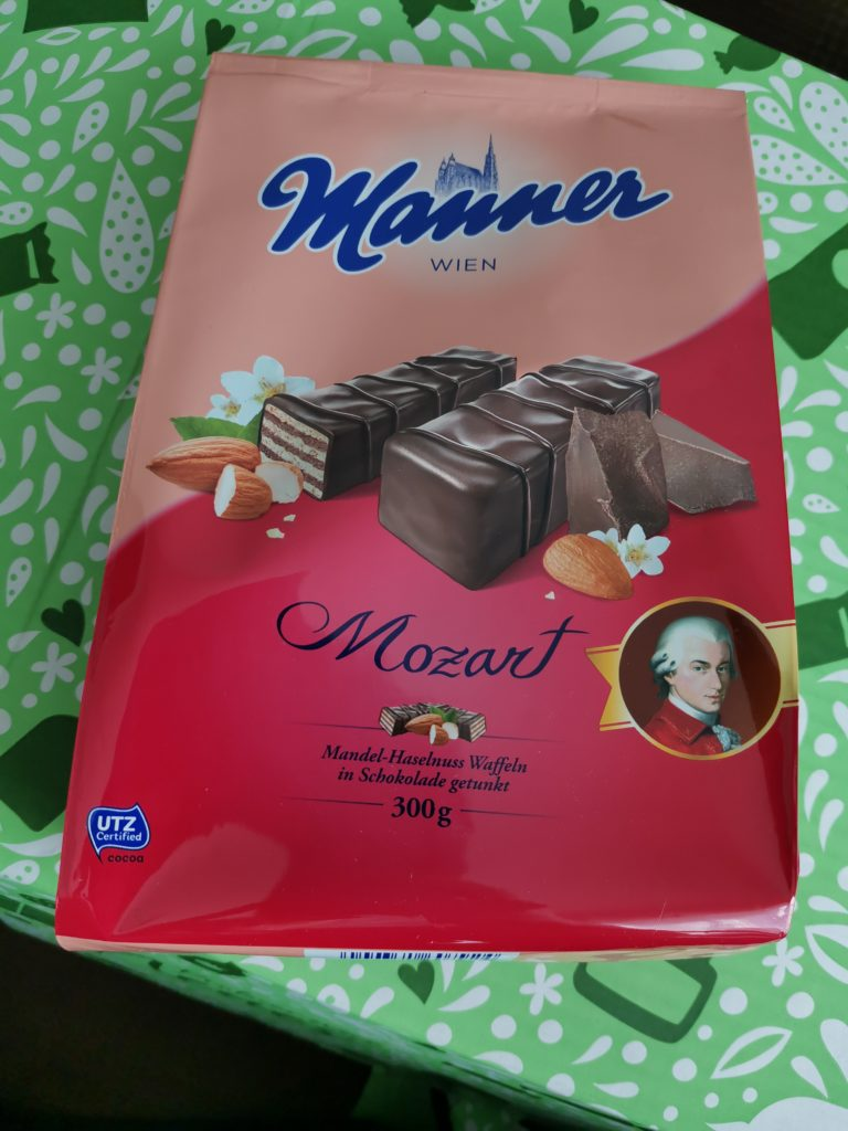 Classic Box Brandnooz März Manner Mozart