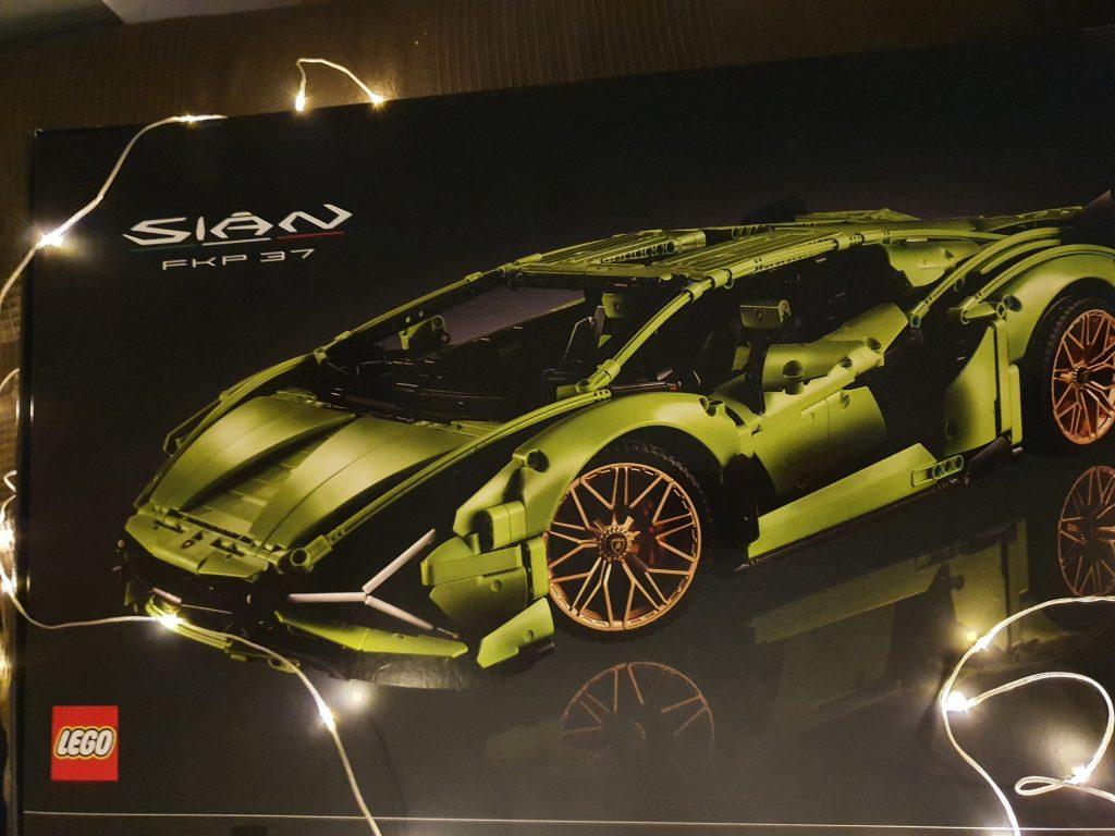 Lamborghini Sián FKP 37 Verpackung