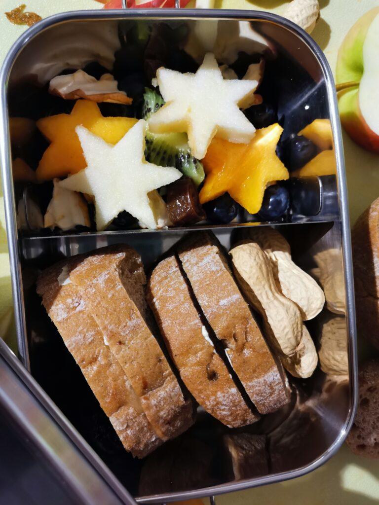 Frühstück Kinder Blockhütte