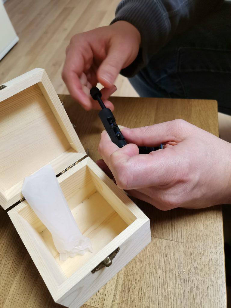 Werkzeug zum anpassen der Armbandlänge