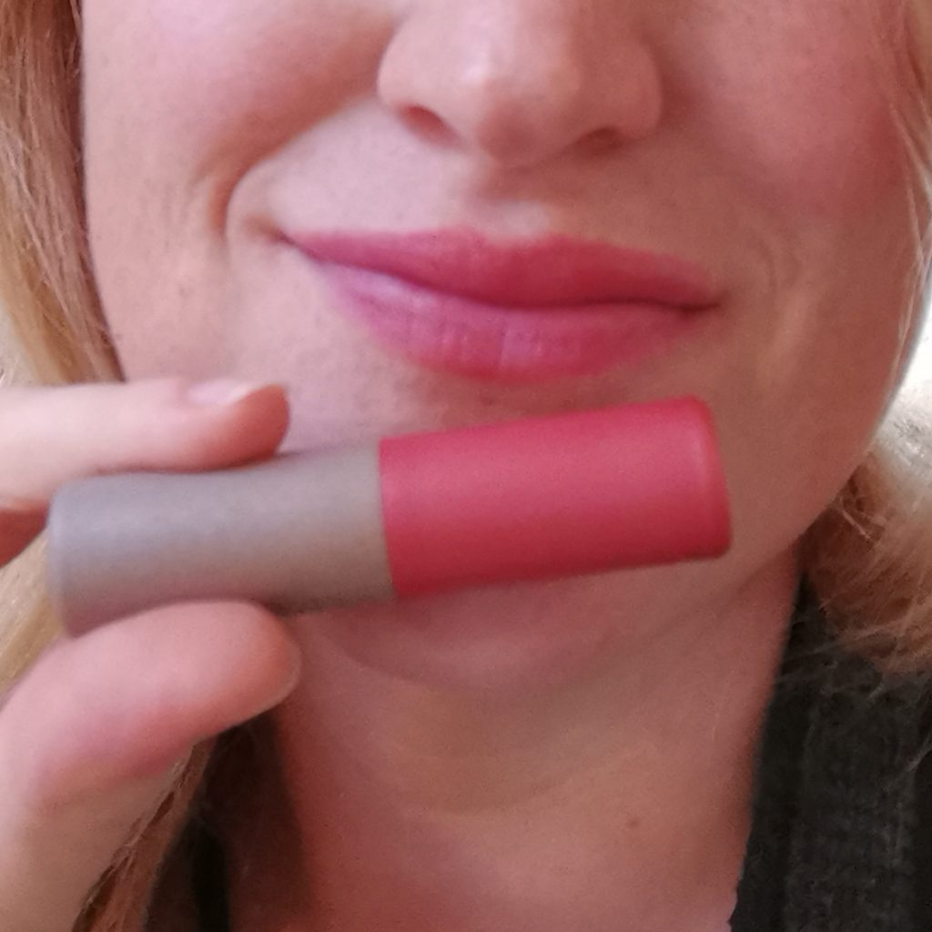 Lippenpflege aufgetragen red Kneipp