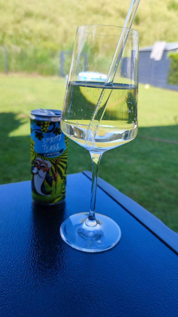Weinschorle im Glas